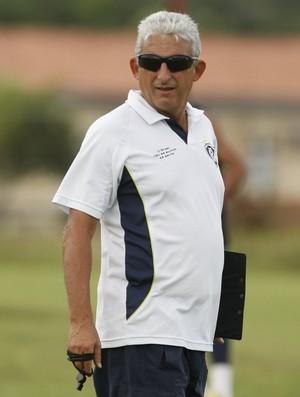 Sinomar Naves ainda no comando do Clube do Remo, no início do Campeonato Paraense de 2012 (Foto: Marcelo Seabra/O Liberal)