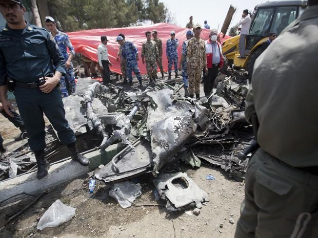 Queda de avião em Teerã (Foto: AFP)