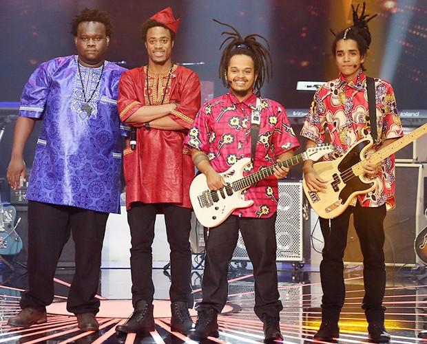 Dois Africanos empolgam os jurados com música autoral (Foto: Isabella Pinheiro / Gshow)