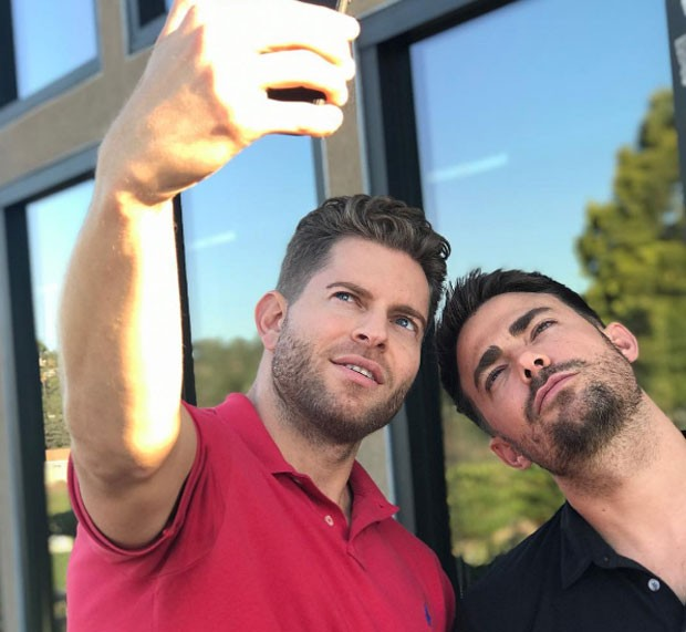 Jaymes Vaughan e Jonathan Bennett (Foto: Reprodução Instagram)