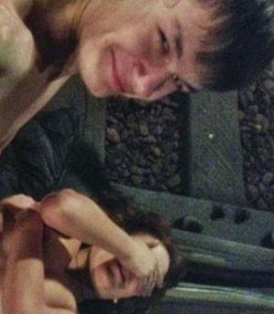 Dupla escolhia como ninho de amor o túnel do metrô moscovita (Foto: Reprodução/VKontake)