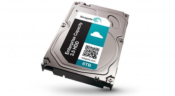 Versão de HDD, da Seagate, com capacidade de até 6 TB