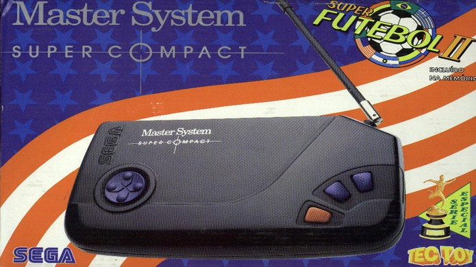 O Master System Super Compact é um dos modelos extras que o console ganhou no Brasil (Foto: Reprodução/SMS Power)