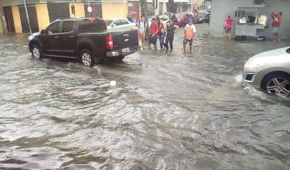 Cruzamento das ruas Pedro I com Barão do Rio Branco, no Centro de Fortaleza (Foto: Vinicius Nogueira/Arquivo Pessoal)