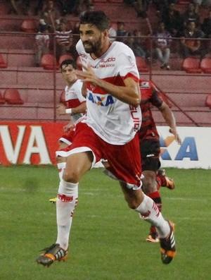 Meia do CRB, Gerson Magrão voltou a sentir lesão muscular (Foto: Júnior de Melo/Assessoria do CRB)