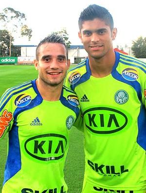 Maikon Leite e Luan no treino do Palmeiras (Foto: Diego Ribeiro / Globoesporte.com)