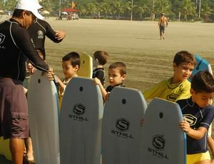 Escola radical de surfe, em Santos (Foto: Divulgação / Prefeitura Municipal de Santos)