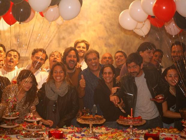 Dennis Carvalho faz aniversário (Foto: Lado a Lado/TV Globo)