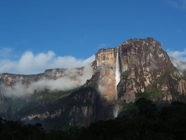 Cachoeira Salto del Angel, a mais alta do mundo, na Venezuela (Foto: Neil Hinchley/Creative Commons)