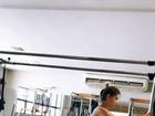 Grávida de 5 meses, Andressa Suita pratica pilates e mostra barrigão