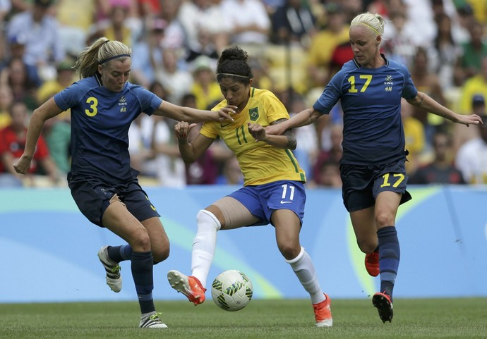 Cristiane Brasil x Suecia semifinal (Foto: Reuters)