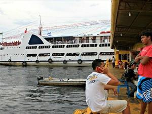 Manaus Moderna tem recebido milhares de pessoas por causa do Festival de Parintins (Foto: Tiago Melo/G1 AM)