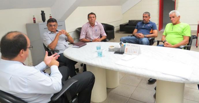 Flávio Araújo, técnico Mogi Mirim (Foto: Marcelo Gotti/ Divulgação Mogi Mirim)