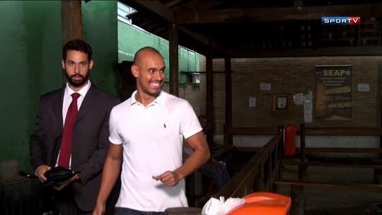 """Após ser solto, ex-jogador de Olaria e ASA diz que alívio """"não tem tamanho"""""""