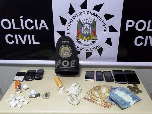 Material apreendido durante a operação  (Foto: Polícia Civil/Divulgação)