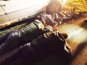Menores foram apreendidos depois de tentativa de fulga (Foto: Polícia Militar/Divulgação)