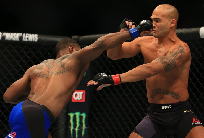 Tyron Woodley Robbie Lawler UFC 201 (Foto: Getty Images)