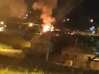 Casa é incendiada no Residencial Aroeira, em Rio Branco