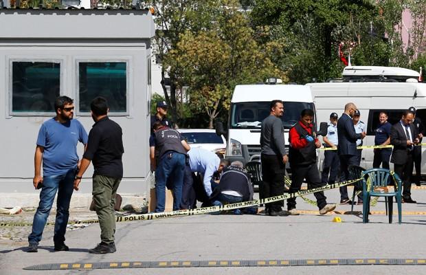 Homem armado com faca tenta invadir embaixada de Israel na Turquia