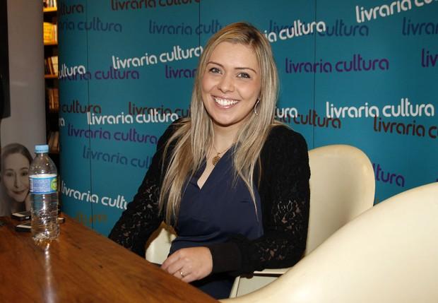 Aline Kezh (Foto: Celso Tavares)