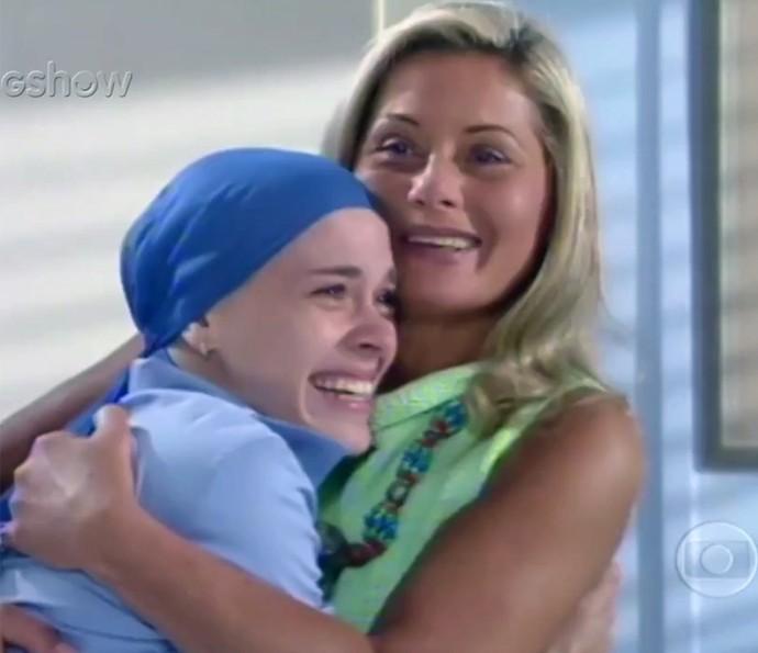 Daniela Mercury também cantou Como Vai Você, tema de Laços de Família (Foto: TV Globo)