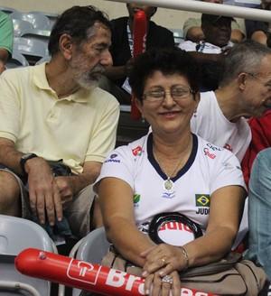 Pais de Sarah Menezes acompanham Mundial de Judô (Foto: Renan Morais)
