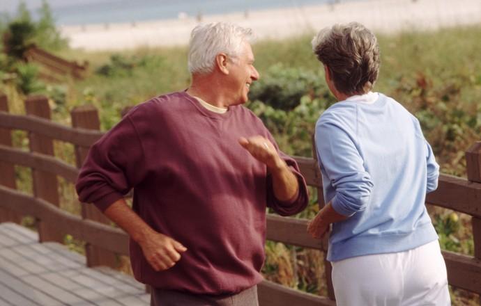 EuAtleta - casal idosos correndo (Foto: Getty Images)