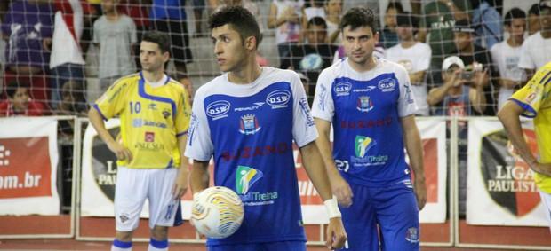 P.C Diniz e Luizinho Suzano Futsal (Foto: Thiago Fidelix /Globoesporte.com)