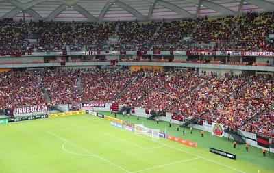 Mais de 40 mil pessoas foram a Arena Amazônia ver Botafogo e Flamengo, neste sábado, em Manaus   (Foto: Adeilson Albuquerque)