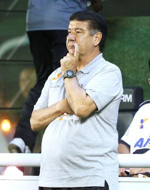 Joel Santana, Vasco X Luverdense (Foto: Marcos Tristão)