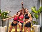 Mariana Goldfarb e Gabriela Pugliesi exibem corpo sarado em clique juntas