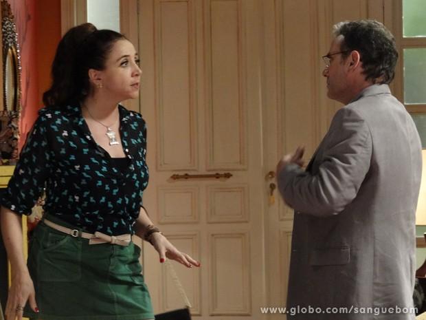 Perua diz a Wilson que quer divórcio (Foto: Sangue Bom/TV Globo)