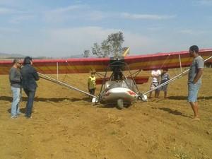Aeronave logo após o pouso forçado. (Foto: Lucas Henrique Magalhães)