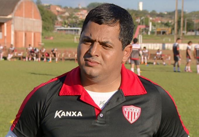 Leston Júnior técnico Mogi Mirim (Foto: Márcio de Campos / EPTV)