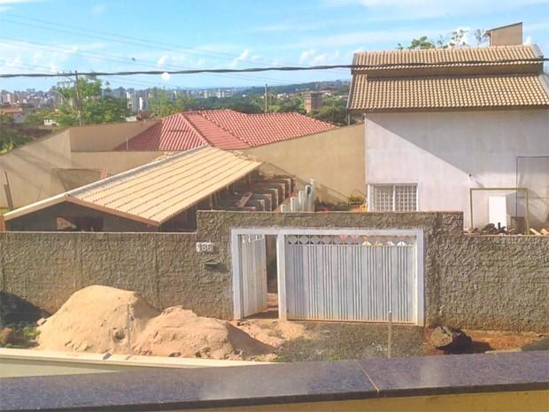 Veterinária constrói canil em bairro residencial e é processada por vizinhos (Foto: Kleverton Pereira)