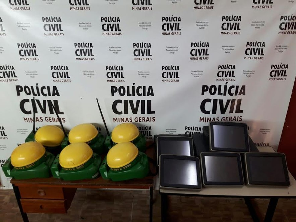 Equipamentos que haviam sido furtados foram recuperados (Foto: Polícia Civil/Divulgação)