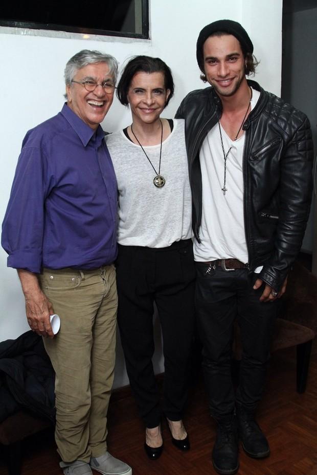 Caetano Veloso, Marina Lima e Pablo Morais (Foto: Anderson Borde/Agnews)