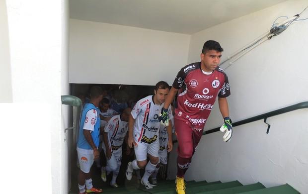 Ivan Joinville x Figueirense (Foto: Renan Koerich)