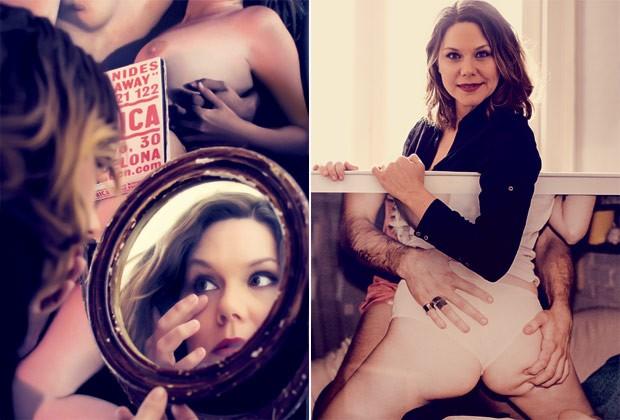 A cineasta Erika Lust confere a maquiagem antes de uma sessão de fotos e, à direita, com uma das imagens retiradas de seus filmes que decoram sua sala (Foto: Arturo Querzoli)