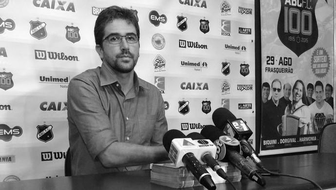 Rodrigo Pastana - ex-executivo de futebol do ABC (Foto: Jocaff Souza/GloboEsporte.com)