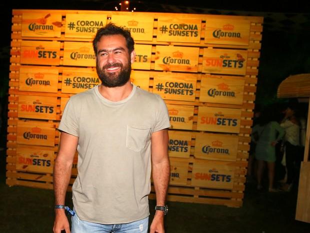 Thierry Figueira em festa no Rio (Foto: Ag. News)