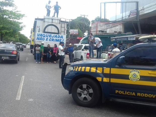 vaquejada br-316 ananindeua manifestação interdição (Foto: Divulgação/ PRF)