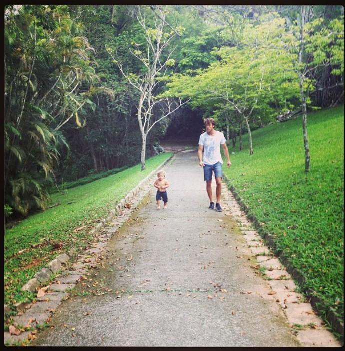 Renan Abreu e o filho Romeo, de Priscila Fantin (Foto: Arquivo Pessoal)