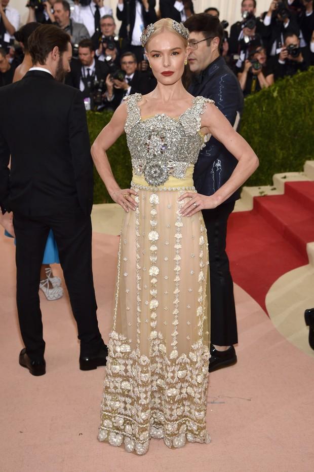 Kate Bosworth no baile de gala do MET, em Nova York (Foto: AFP)