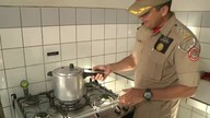 Major do Corpo de Bombeiros ensina como manusear a panela de pressão de forma segura
