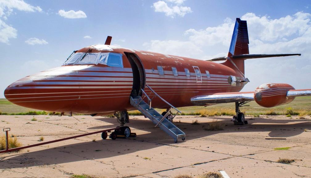 Avião que pertenceu a Elvis Presley é leiloado por R$ 1,4 milhão nos EUA (Foto: GWS Auctions, Inc. via AP)