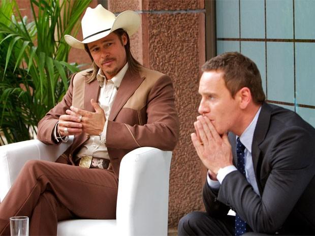 Brad Pitt e Michael Fassbender em cena de 'O conselheiro do crime' (Foto: Divulgação)