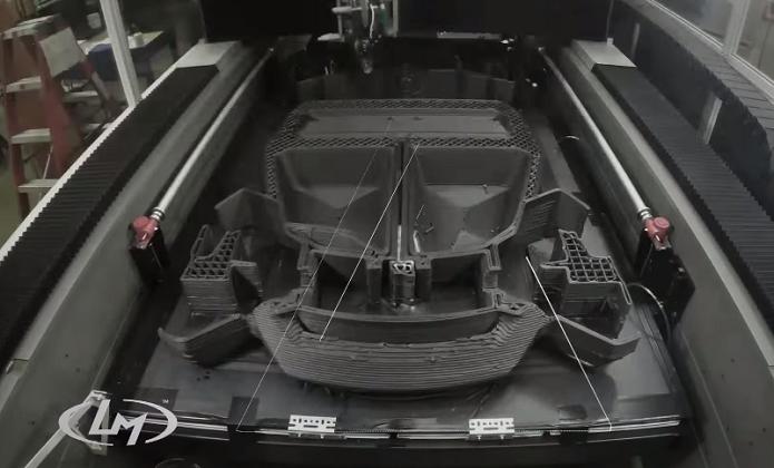 Vídeo no YouTube mostra processo de fabricação (Foto: Reprodução/YouTube)