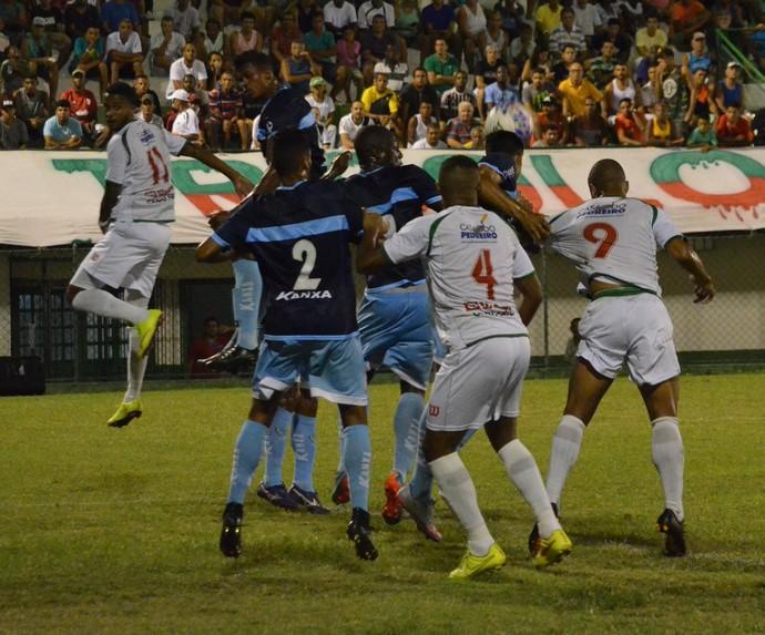 Cabofriense x Macaé - Campeonato Carioca (Foto: Andreia Maciel)