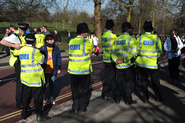 Prova contou com um número de policiais 40% maior do que em 2012 (Foto: Carl Court/AFP)